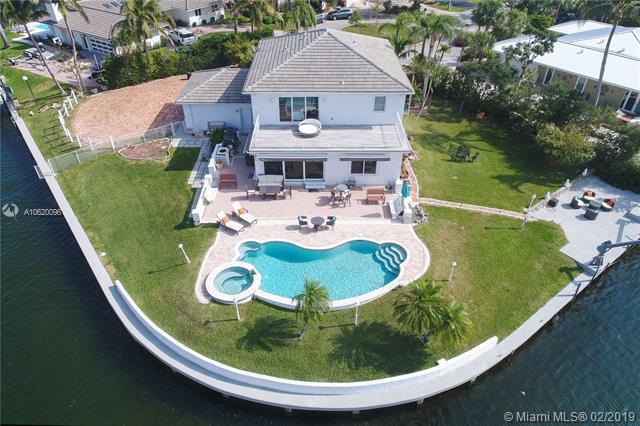 13000 Zambrana Street, Coral Gables, FL 33156 (MLS #A10620096) :: Green Realty Properties