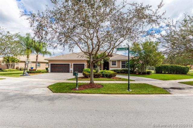 5168 Lakewood Dr, Cooper City, FL 33330 (MLS #A10620142) :: RE/MAX Presidential Real Estate Group