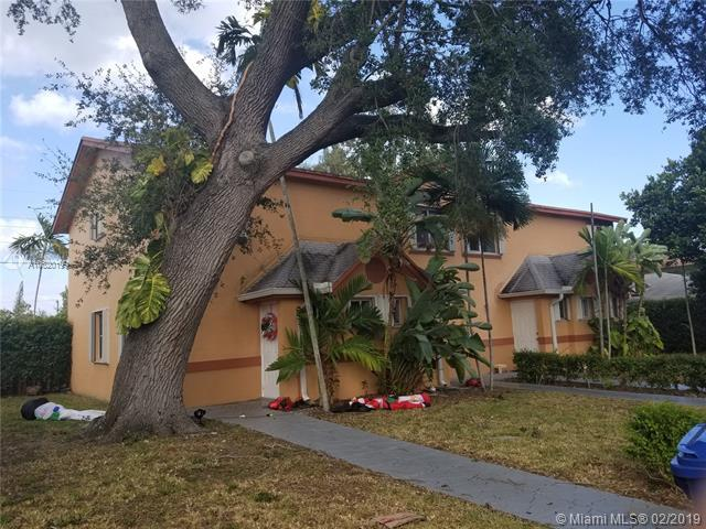 2261 NE 171st St, North Miami Beach, FL 33160 (MLS #A10620199) :: Laurie Finkelstein Reader Team