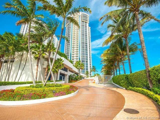18671 Collins Ave #1403, Sunny Isles Beach, FL 33160 (MLS #A10620234) :: United Realty Group