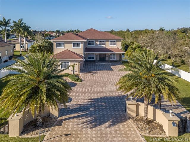 16621 SW 59th Ct, Southwest Ranches, FL 33331 (MLS #A10620689) :: RE/MAX Presidential Real Estate Group