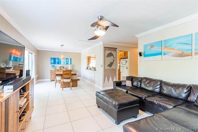 1200 14th Street 2A, Miami Beach, FL 33139 (MLS #A10620736) :: Miami Villa Group
