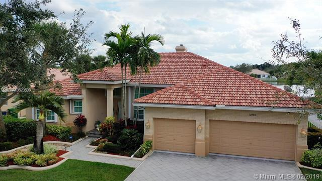 12860 Country Glen Dr, Cooper City, FL 33330 (MLS #A10620809) :: RE/MAX Presidential Real Estate Group