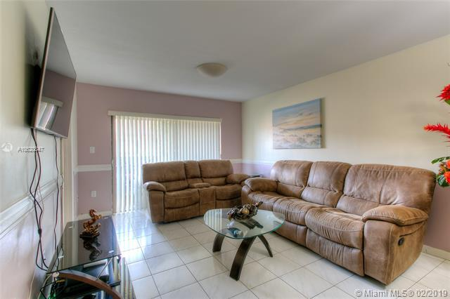 6259 W 24th Ave 203-8, Hialeah, FL 33016 (MLS #A10620847) :: Miami Villa Group