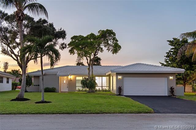 1988 NW 85th Dr, Coral Springs, FL 33071 (MLS #A10620896) :: The Chenore Real Estate Group