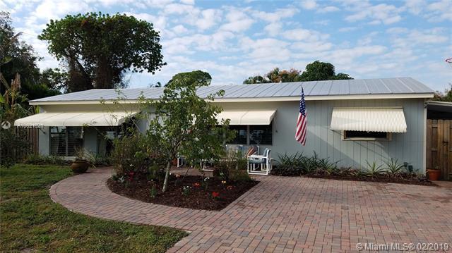 8616 SE Longview Dr, Hobe Sound, FL 33455 (MLS #A10621021) :: The Paiz Group