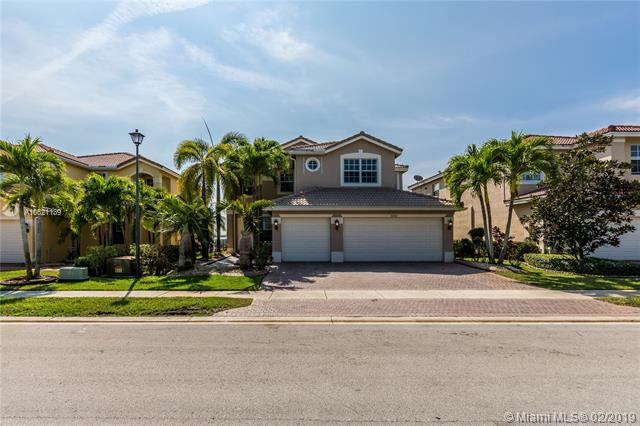 18182 SW 41st St, Miramar, FL 33029 (MLS #A10621139) :: GK Realty Group LLC