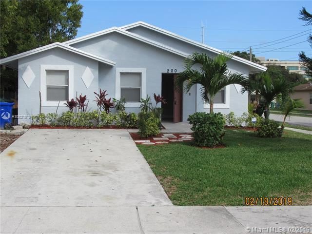 200 NW 28th Ter, Un-Incorporated Broward County, FL 33311 (MLS #A10621510) :: The Teri Arbogast Team at Keller Williams Partners SW
