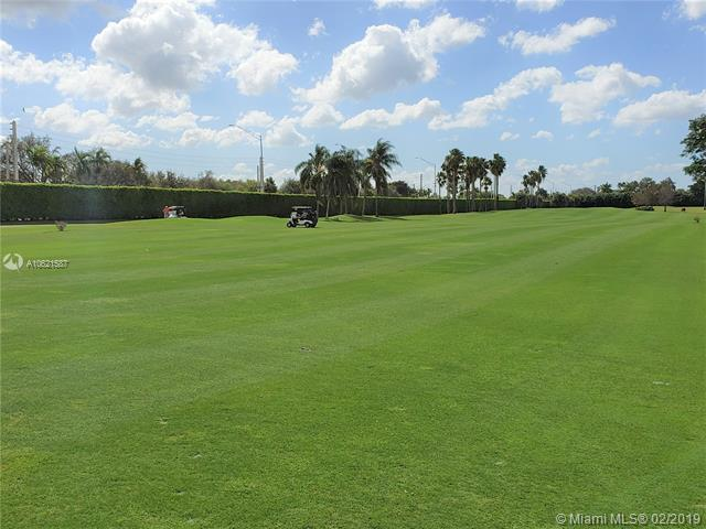 820 S Hollybrook Dr #206, Pembroke Pines, FL 33025 (MLS #A10621587) :: RE/MAX Presidential Real Estate Group