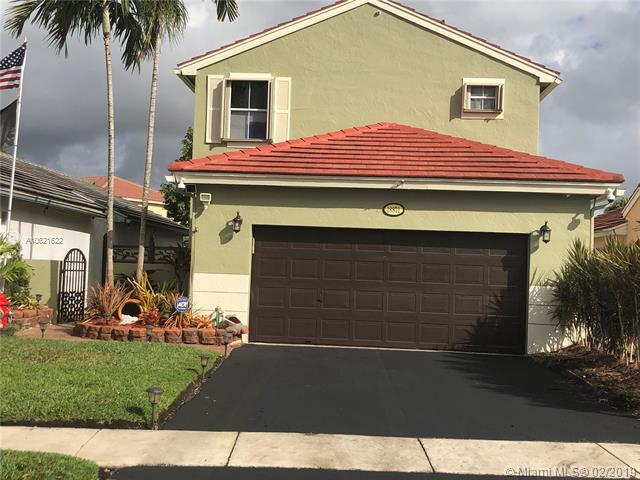 18871 NW 22nd St, Pembroke Pines, FL 33029 (MLS #A10621622) :: RE/MAX Presidential Real Estate Group