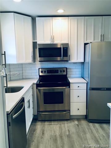 805 W Oakland Park Blvd E11, Oakland Park, FL 33311 (MLS #A10621724) :: Castelli Real Estate Services