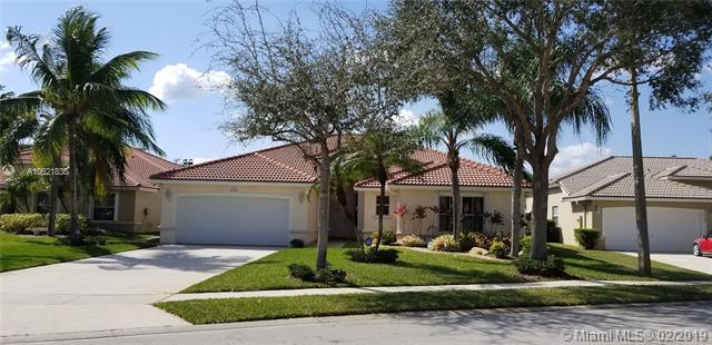 2318 NW 189th Ave, Pembroke Pines, FL 33029 (MLS #A10621838) :: Castelli Real Estate Services