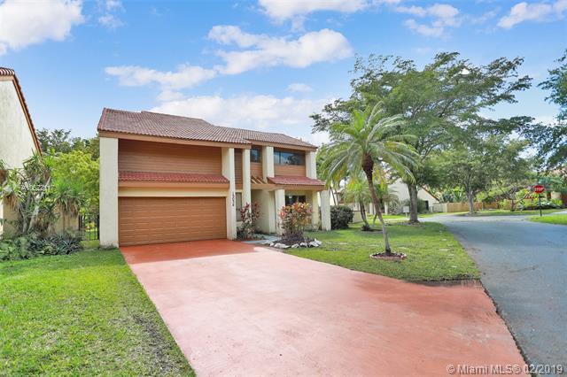 15034 SW 88th Ln, Miami, FL 33196 (#A10622117) :: Dalton Wade