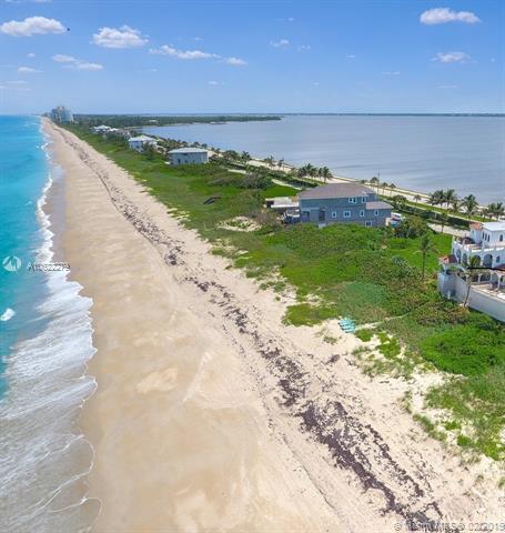 8020 S Ocean Dr, Jensen Beach, FL 34957 (MLS #A10622279) :: Berkshire Hathaway HomeServices EWM Realty