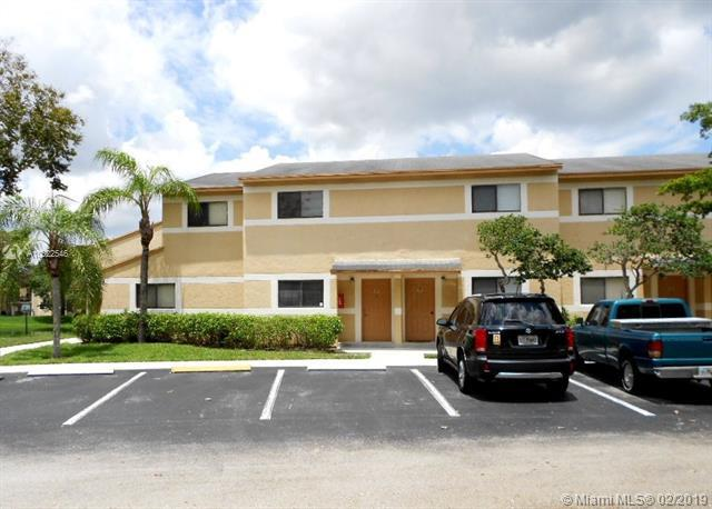 Pembroke Pines, FL 33025 :: The Edge Group at Keller Williams