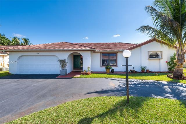 6310 W Sedgewyck Cir W, Davie, FL 33331 (MLS #A10624839) :: RE/MAX Presidential Real Estate Group