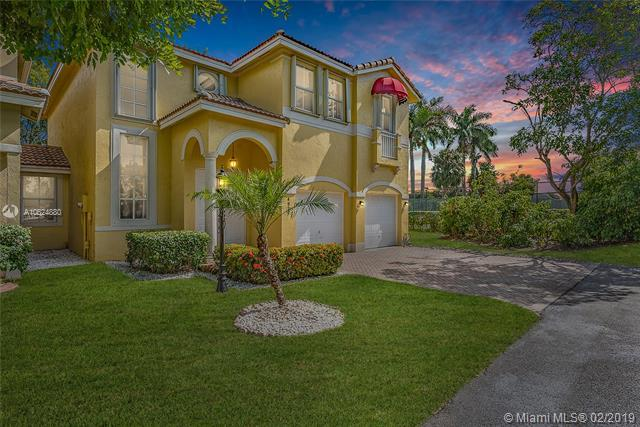 4831 NW 107th Ct, Doral, FL 33178 (MLS #A10624880) :: The Riley Smith Group