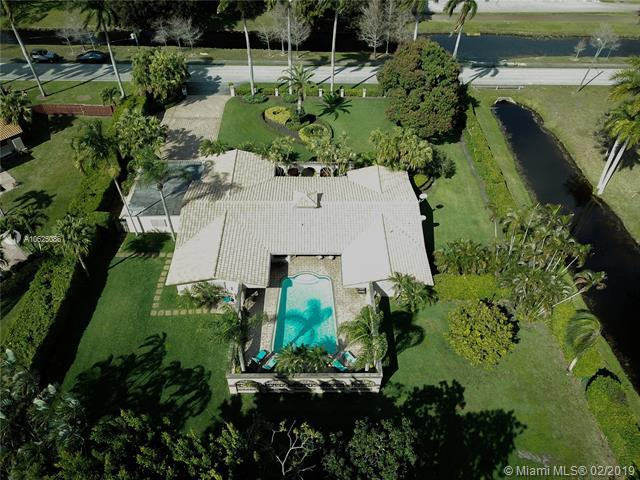 5820 Palm Tree Rd, Plantation, FL 33317 (MLS #A10625086) :: The Howland Group