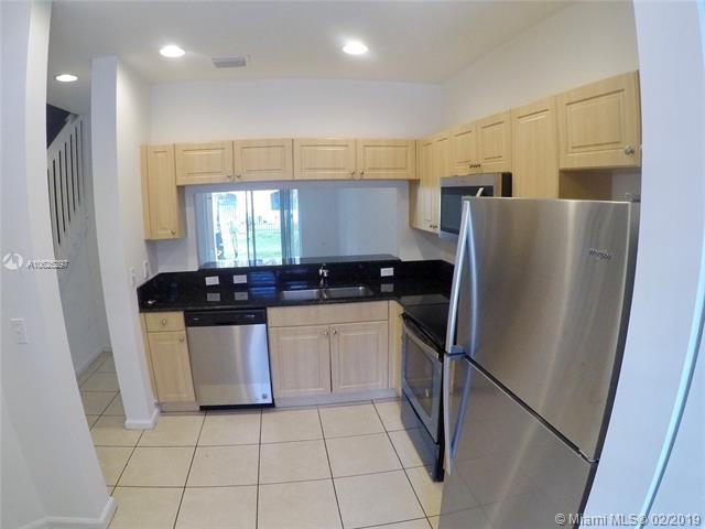 2840 SW 83rd Ave #103, Miramar, FL 33025 (MLS #A10625297) :: RE/MAX Presidential Real Estate Group