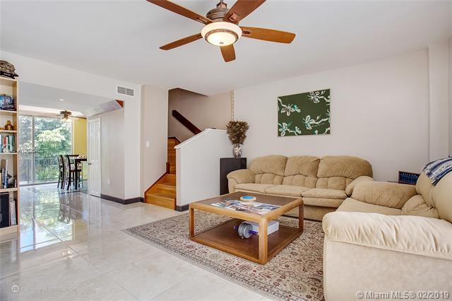 1701 NE 115th St 45-A, Miami, FL 33181 (MLS #A10625453) :: RE/MAX Presidential Real Estate Group