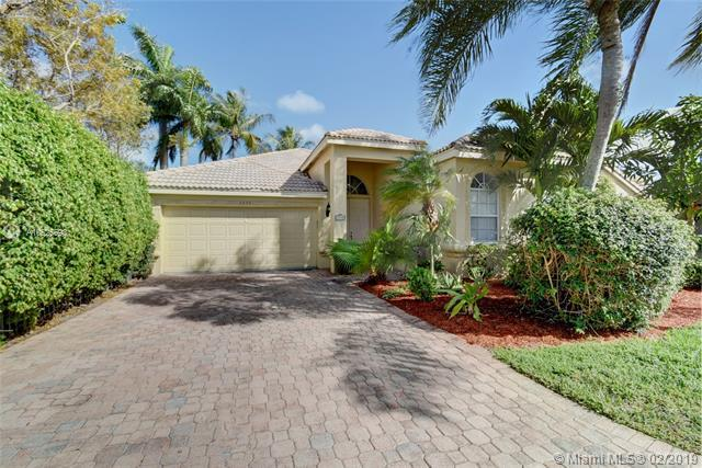 3945 Diamond Palladium Terrace, Boynton Beach, FL 33436 (MLS #A10625593) :: The Brickell Scoop