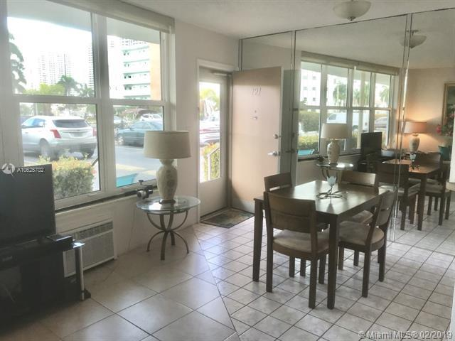3177 S Ocean Dr #121, Hallandale, FL 33009 (MLS #A10625702) :: Ray De Leon with One Sotheby's International Realty