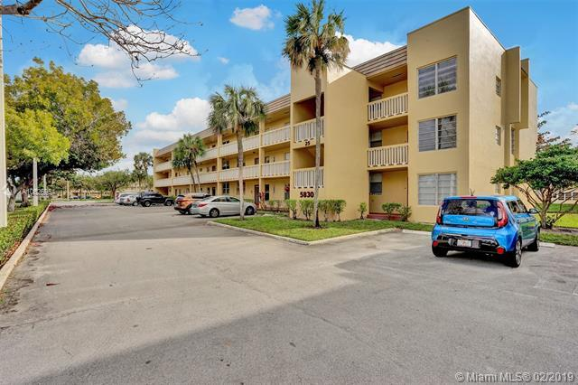 5830 NW 64th Ave #112, Tamarac, FL 33319 (MLS #A10625954) :: The Jack Coden Group