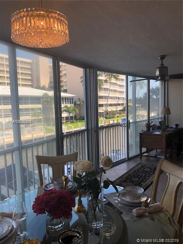 3101 NE 47th Ct #204, Fort Lauderdale, FL 33308 (MLS #A10626408) :: The Riley Smith Group