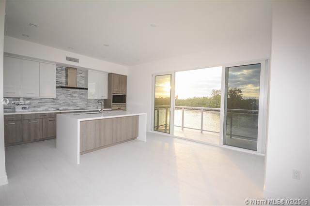 Hollywood, FL 33019 :: Grove Properties