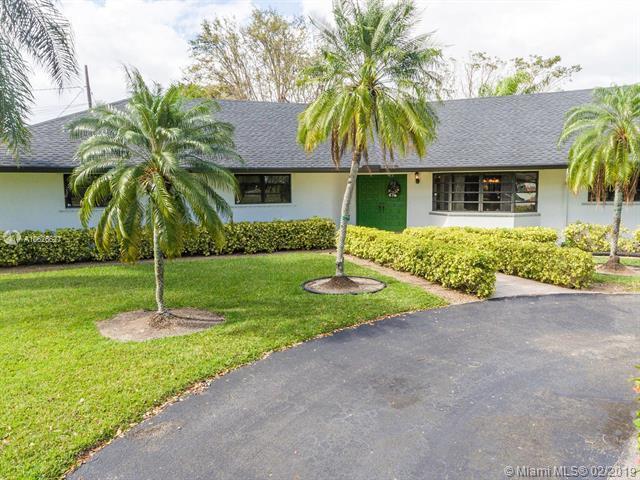 17401 SW 300th St, Homestead, FL 33030 (MLS #A10626627) :: Green Realty Properties