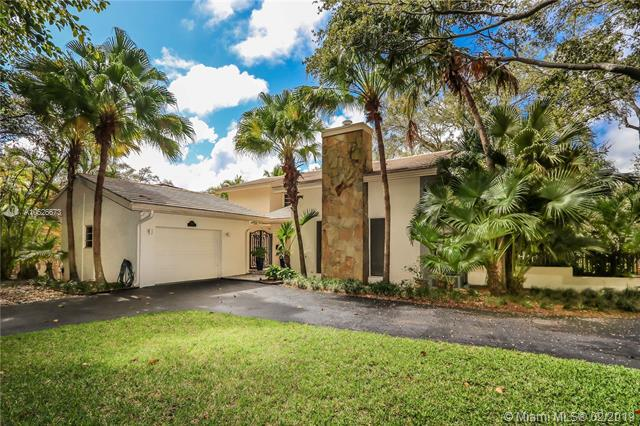 7900 Old Cutler Road, Coral Gables, FL 33143 (MLS #A10626673) :: The Maria Murdock Group