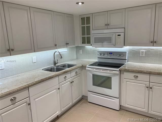 490 N Laurel Dr #2, Margate, FL 33063 (MLS #A10626872) :: GK Realty Group LLC