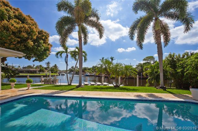 1410 SE 12th, Deerfield Beach, FL 33441 (MLS #A10629106) :: The Brickell Scoop