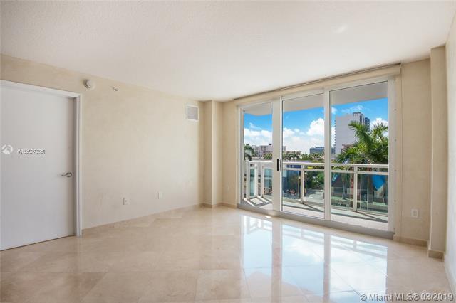 6917 Collins Ave #424, Miami Beach, FL 33141 (MLS #A10629205) :: The Brickell Scoop
