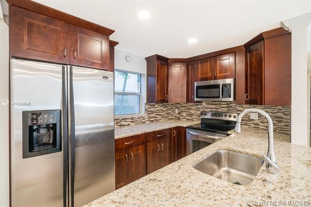 136 Brittany C #136, Delray Beach, FL 33446 (MLS #A10629548) :: The Riley Smith Group