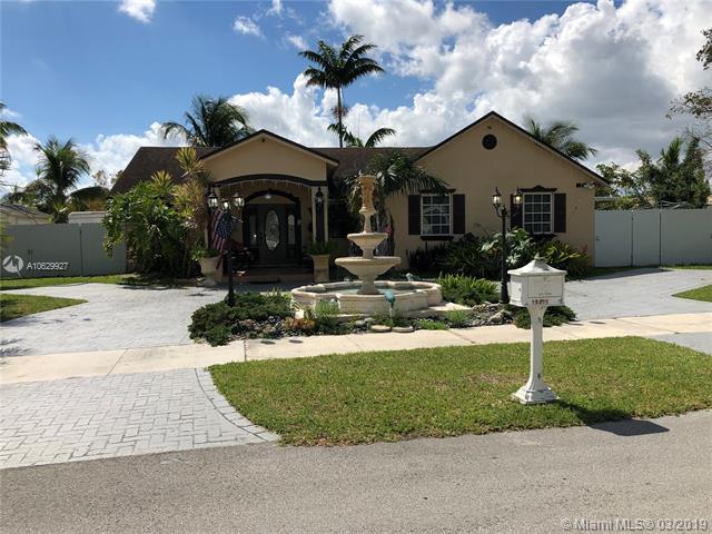12540 SW 219th St, Miami, FL 33170 (MLS #A10629927) :: Grove Properties