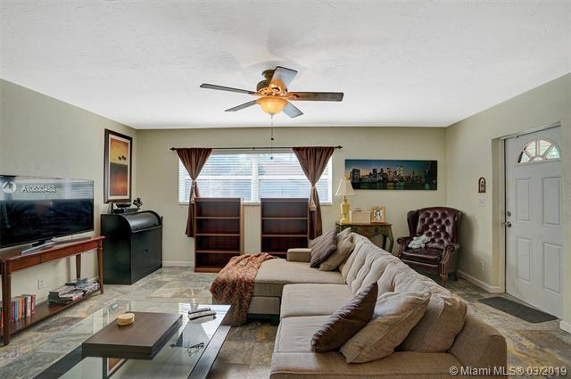 768 NE 13th Ct #6, Fort Lauderdale, FL 33304 (MLS #A10630453) :: The Riley Smith Group