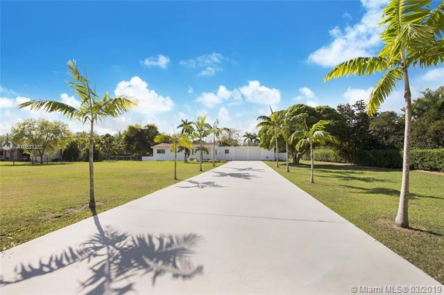 16970 SW 286th St, Homestead, FL 33030 (MLS #A10631287) :: Green Realty Properties