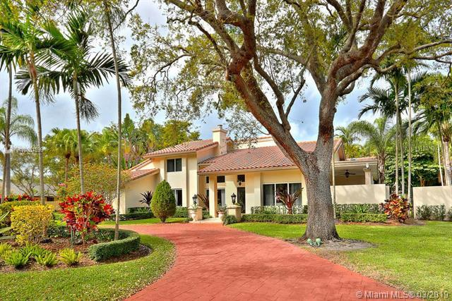 9361 SW 103rd St, Miami, FL 33176 (MLS #A10631599) :: The Rose Harris Group