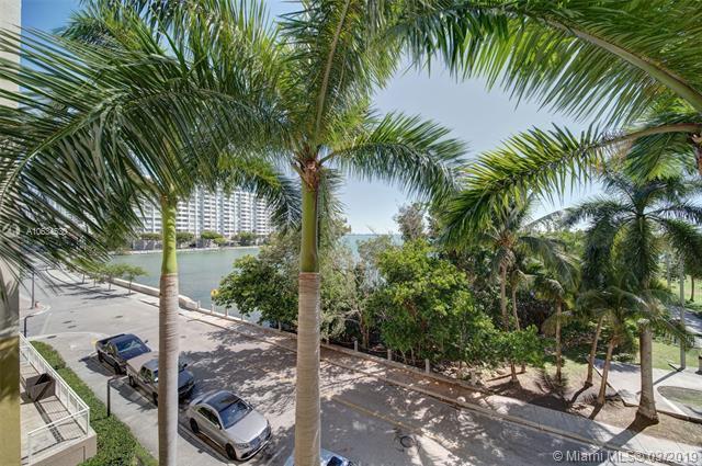2000 N Bayshore Dr #316, Miami, FL 33137 (MLS #A10634530) :: The Adrian Foley Group