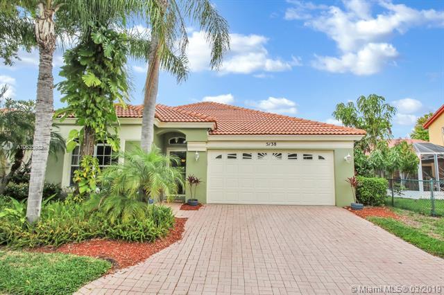 5138 Elpine Way, Riviera Beach, FL 33418 (MLS #A10635032) :: The Paiz Group
