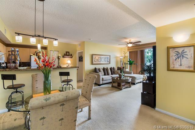 8050 N Nob Hill Rd #204, Tamarac, FL 33321 (MLS #A10636130) :: The Riley Smith Group
