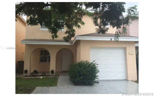 4033 Eastridge Dr, Deerfield Beach, FL 33064 (MLS #A10636154) :: The Paiz Group