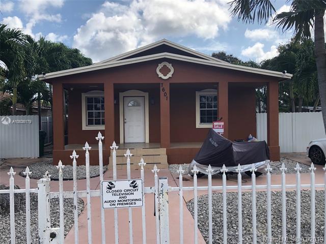 7601 NW 15 AV, Miami, FL 33147 (MLS #A10636179) :: Castelli Real Estate Services