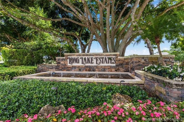8208 Twin Lake Dr, Boca Raton, FL 33496 (MLS #A10636796) :: The Paiz Group
