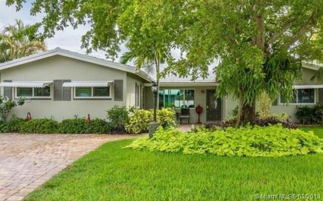 5742 NE 17th Ave, Fort Lauderdale, FL 33334 (MLS #A10637127) :: RE/MAX Presidential Real Estate Group