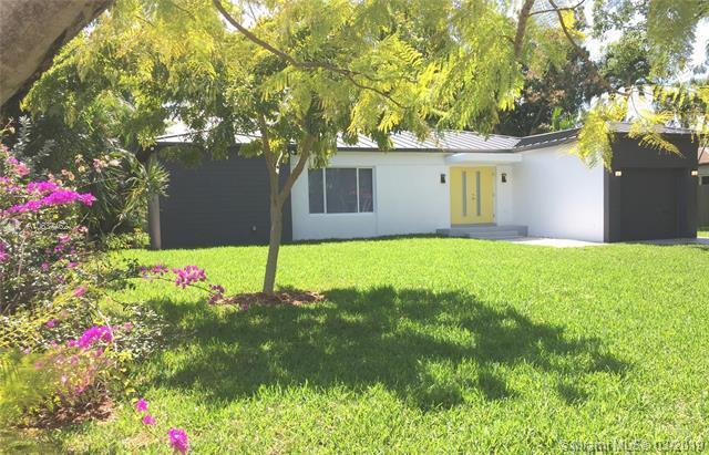 920 NE 74th St, Miami, FL 33138 (MLS #A10637462) :: Miami Lifestyle