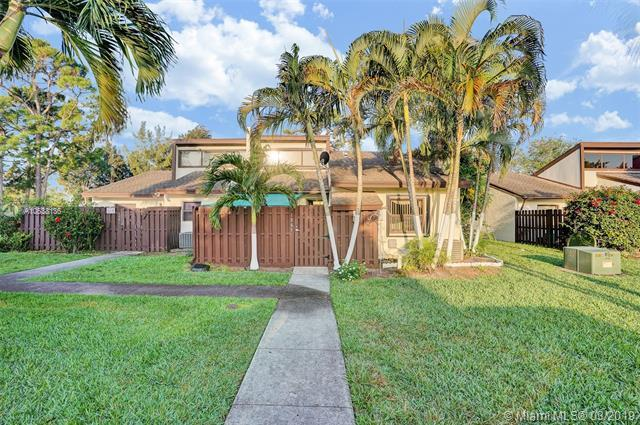1889 Abbey Rd, West Palm Beach, FL 33415 (MLS #A10638136) :: The Paiz Group