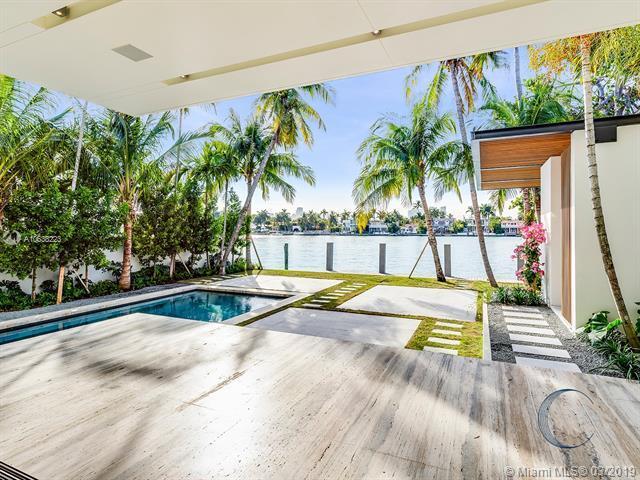 120 W Rivo Alto Dr, Miami Beach, FL 33139 (MLS #A10638223) :: The Adrian Foley Group