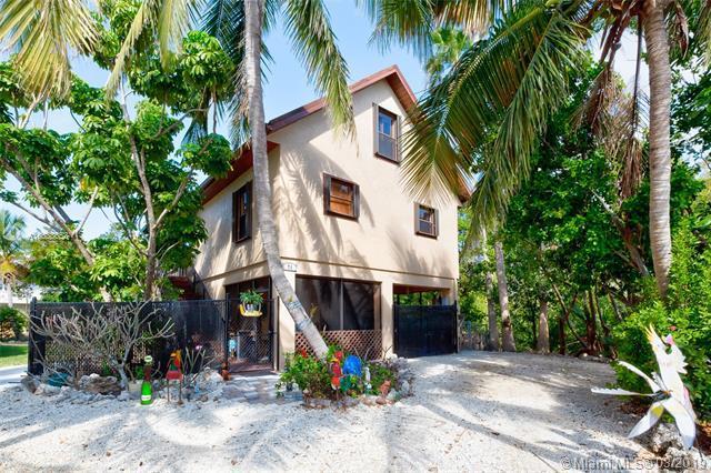 71 Jean La Fitte Dr, Other City - Keys/Islands/Caribbean, FL 33037 (MLS #A10638653) :: Grove Properties